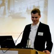 Presentation by Leonard Reinecke